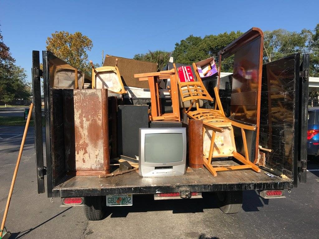 Junk Hauling Palm Beach County S Best Dumpster Removal