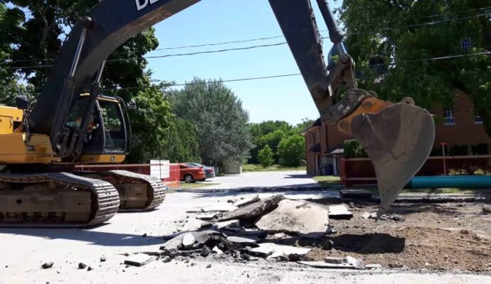 Asphalt demolition removal-Palm Beach County's Best Dumpster Removal Services-We Offer Residential and Commercial Dumpster Removal Services, Dumpster Rentals, Bulk Trash, Demolition Removal, Junk Hauling, Rubbish Removal, Waste Containers, Debris Removal, 10 Yard Containers, 15 Yard to 20 Yard to 30 Yard to 40 Yard Container Rentals, and much more!
