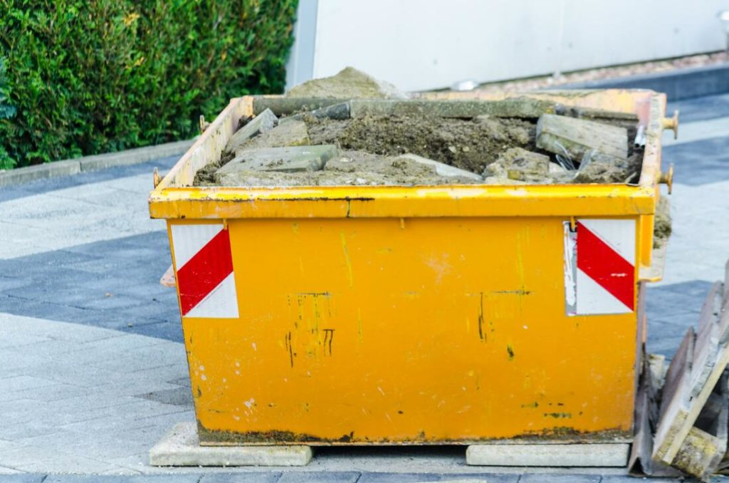 Construction junk removal-Palm Beach County's Best Dumpster Removal Services-We Offer Residential and Commercial Dumpster Removal Services, Dumpster Rentals, Bulk Trash, Demolition Removal, Junk Hauling, Rubbish Removal, Waste Containers, Debris Removal, 10 Yard Containers, 15 Yard to 20 Yard to 30 Yard to 40 Yard Container Rentals, and much more!