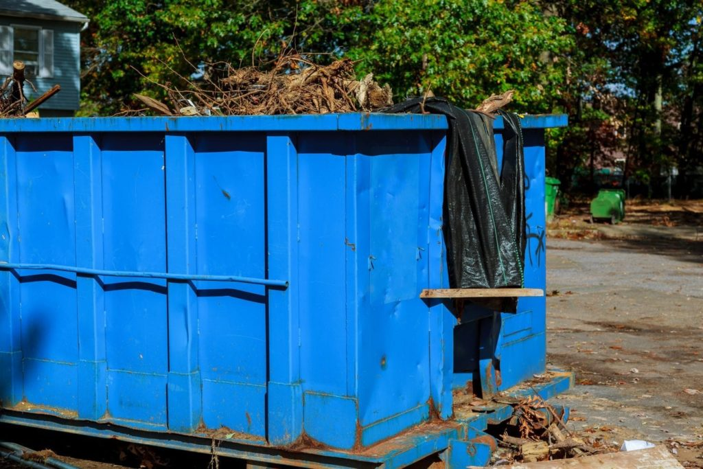 Dumpster rental 40 yard-Palm Beach County's Best Dumpster Removal Services-We Offer Residential and Commercial Dumpster Removal Services, Dumpster Rentals, Bulk Trash, Demolition Removal, Junk Hauling, Rubbish Removal, Waste Containers, Debris Removal, 10 Yard Containers, 15 Yard to 20 Yard to 30 Yard to 40 Yard Container Rentals, and much more!