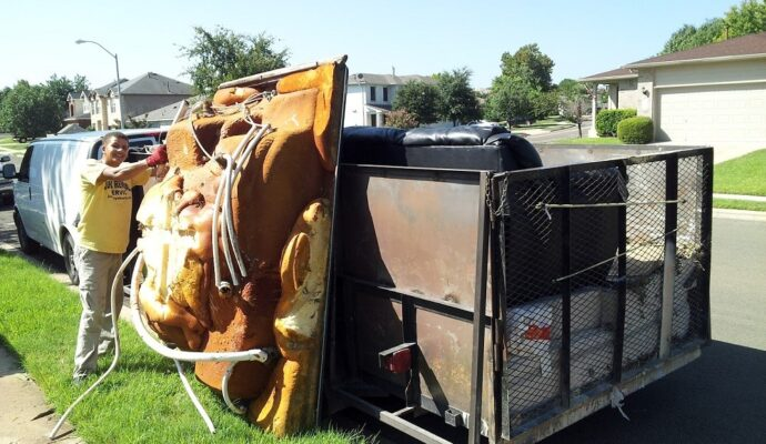 Eviction trash outs-Palm Beach County's Best Dumpster Removal Services-We Offer Residential and Commercial Dumpster Removal Services, Dumpster Rentals, Bulk Trash, Demolition Removal, Junk Hauling, Rubbish Removal, Waste Containers, Debris Removal, 10 Yard Containers, 15 Yard to 20 Yard to 30 Yard to 40 Yard Container Rentals, and much more!