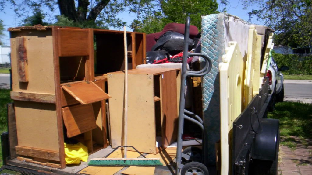 Furniture removal-Palm Beach County's Best Dumpster Removal Services-We Offer Residential and Commercial Dumpster Removal Services, Dumpster Rentals, Bulk Trash, Demolition Removal, Junk Hauling, Rubbish Removal, Waste Containers, Debris Removal, 10 Yard Containers, 15 Yard to 20 Yard to 30 Yard to 40 Yard Container Rentals, and much more!