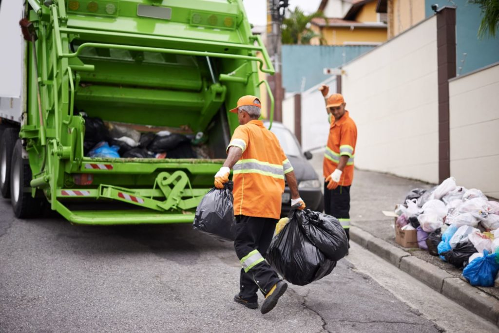 Garbage removal-Palm Beach County's Best Dumpster Removal Services-We Offer Residential and Commercial Dumpster Removal Services, Dumpster Rentals, Bulk Trash, Demolition Removal, Junk Hauling, Rubbish Removal, Waste Containers, Debris Removal, 10 Yard Containers, 15 Yard to 20 Yard to 30 Yard to 40 Yard Container Rentals, and much more!