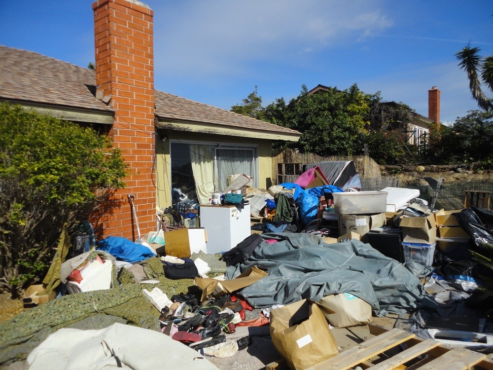 Home cleanouts-Palm Beach County's Best Dumpster Removal Services-We Offer Residential and Commercial Dumpster Removal Services, Dumpster Rentals, Bulk Trash, Demolition Removal, Junk Hauling, Rubbish Removal, Waste Containers, Debris Removal, 10 Yard Containers, 15 Yard to 20 Yard to 30 Yard to 40 Yard Container Rentals, and much more!