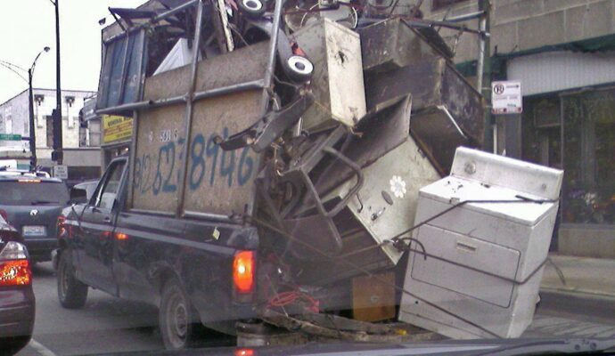 Junk removal service-Palm Beach County's Best Dumpster Removal Services-We Offer Residential and Commercial Dumpster Removal Services, Dumpster Rentals, Bulk Trash, Demolition Removal, Junk Hauling, Rubbish Removal, Waste Containers, Debris Removal, 10 Yard Containers, 15 Yard to 20 Yard to 30 Yard to 40 Yard Container Rentals, and much more!