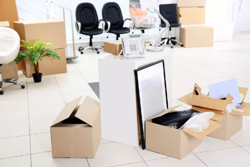 Office furniture removal-Palm Beach County's Best Dumpster Removal Services-We Offer Residential and Commercial Dumpster Removal Services, Dumpster Rentals, Bulk Trash, Demolition Removal, Junk Hauling, Rubbish Removal, Waste Containers, Debris Removal, 10 Yard Containers, 15 Yard to 20 Yard to 30 Yard to 40 Yard Container Rentals, and much more!