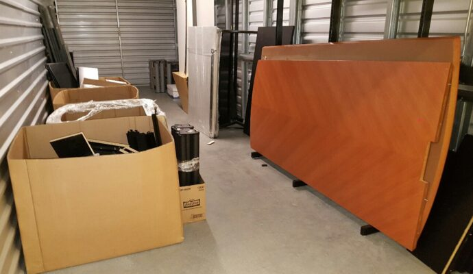 Public storage cleanouts-Palm Beach County's Best Dumpster Removal Services-We Offer Residential and Commercial Dumpster Removal Services, Dumpster Rentals, Bulk Trash, Demolition Removal, Junk Hauling, Rubbish Removal, Waste Containers, Debris Removal, 10 Yard Containers, 15 Yard to 20 Yard to 30 Yard to 40 Yard Container Rentals, and much more!
