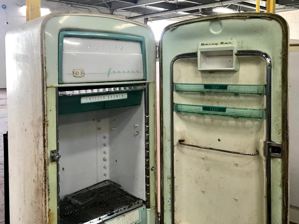 Refrigerator disposal & recycling-Palm Beach County's Best Dumpster Removal Services-We Offer Residential and Commercial Dumpster Removal Services, Dumpster Rentals, Bulk Trash, Demolition Removal, Junk Hauling, Rubbish Removal, Waste Containers, Debris Removal, 10 Yard Containers, 15 Yard to 20 Yard to 30 Yard to 40 Yard Container Rentals, and much more!
