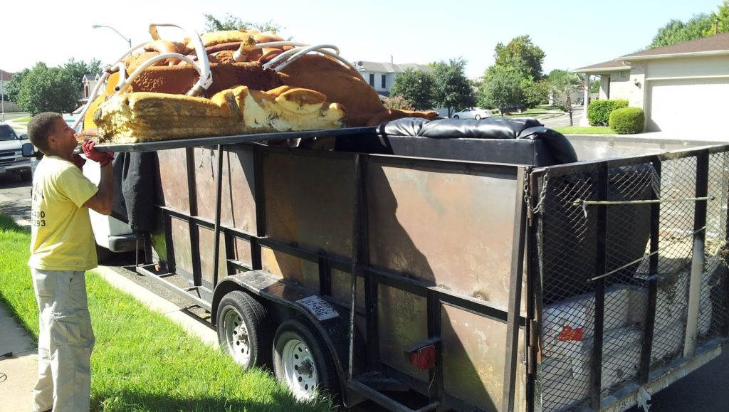 Residential dumpster rental companies-Palm Beach County's Best Dumpster Removal Services-We Offer Residential and Commercial Dumpster Removal Services, Dumpster Rentals, Bulk Trash, Demolition Removal, Junk Hauling, Rubbish Removal, Waste Containers, Debris Removal, 10 Yard Containers, 15 Yard to 20 Yard to 30 Yard to 40 Yard Container Rentals, and much more!