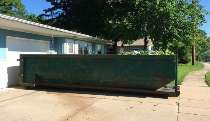 Residential dumpster rental near me-Palm Beach County's Best Dumpster Removal Services-We Offer Residential and Commercial Dumpster Removal Services, Dumpster Rentals, Bulk Trash, Demolition Removal, Junk Hauling, Rubbish Removal, Waste Containers, Debris Removal, 10 Yard Containers, 15 Yard to 20 Yard to 30 Yard to 40 Yard Container Rentals, and much more!