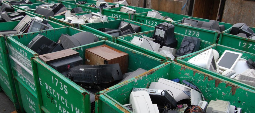 Television disposal & recycling-Palm Beach County's Best Dumpster Removal Services-We Offer Residential and Commercial Dumpster Removal Services, Dumpster Rentals, Bulk Trash, Demolition Removal, Junk Hauling, Rubbish Removal, Waste Containers, Debris Removal, 10 Yard Containers, 15 Yard to 20 Yard to 30 Yard to 40 Yard Container Rentals, and much more!