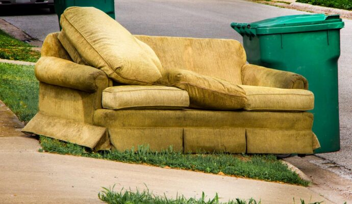 Trash-removal-near-me-Palm Beach County's Best Dumpster Removal Services-We Offer Residential and Commercial Dumpster Removal Services, Dumpster Rentals, Bulk Trash, Demolition Removal, Junk Hauling, Rubbish Removal, Waste Containers, Debris Removal, 10 Yard Containers, 15 Yard to 20 Yard to 30 Yard to 40 Yard Container Rentals, and much more!