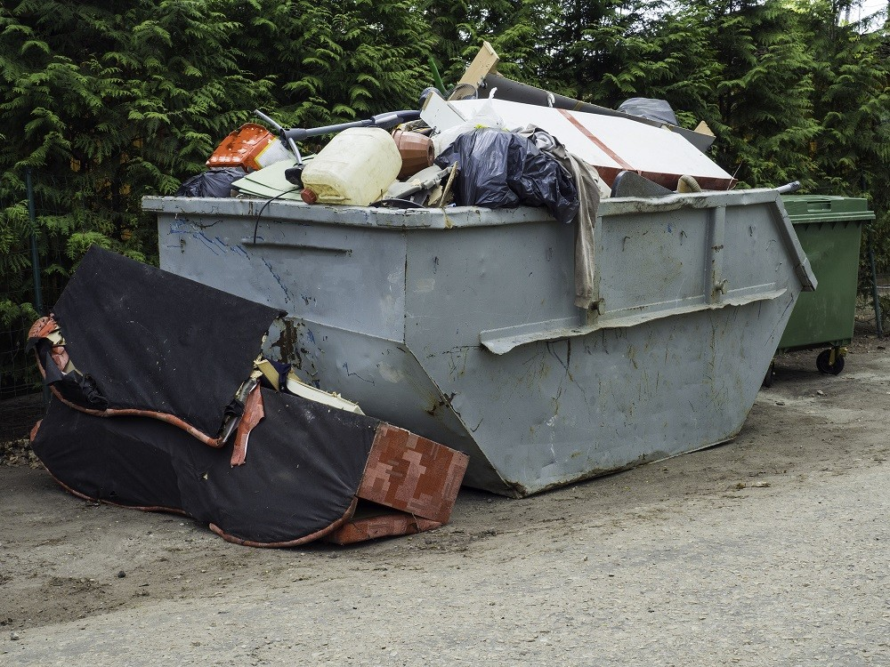 Trash-removal-Palm Beach County's Best Dumpster Removal Services-We Offer Residential and Commercial Dumpster Removal Services, Dumpster Rentals, Bulk Trash, Demolition Removal, Junk Hauling, Rubbish Removal, Waste Containers, Debris Removal, 10 Yard Containers, 15 Yard to 20 Yard to 30 Yard to 40 Yard Container Rentals, and much more!