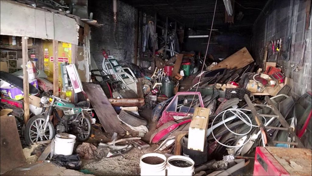 Warehouse cleanout-Palm Beach County's Best Dumpster Removal Services-We Offer Residential and Commercial Dumpster Removal Services, Dumpster Rentals, Bulk Trash, Demolition Removal, Junk Hauling, Rubbish Removal, Waste Containers, Debris Removal, 10 Yard Containers, 15 Yard to 20 Yard to 30 Yard to 40 Yard Container Rentals, and much more!
